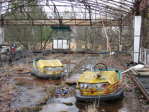 Russian Video: A Documentary from Pripyat (Marking 25 years since Chernobyl catastrophe)